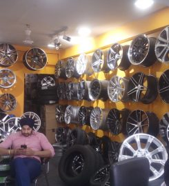 South Delhi Tyres M G Road